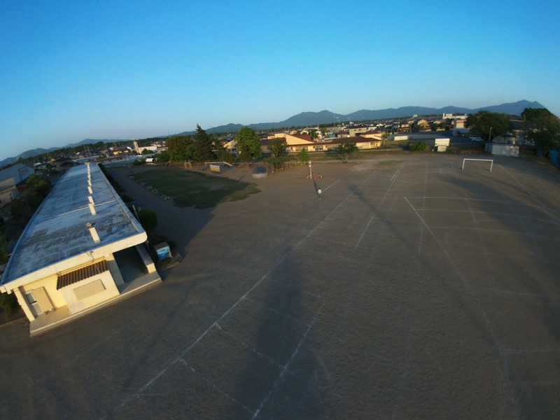 th_Bebop_Drone_2015-05-05T174643+0000_.jpg